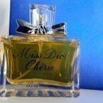 Come riconoscere un profumo falso