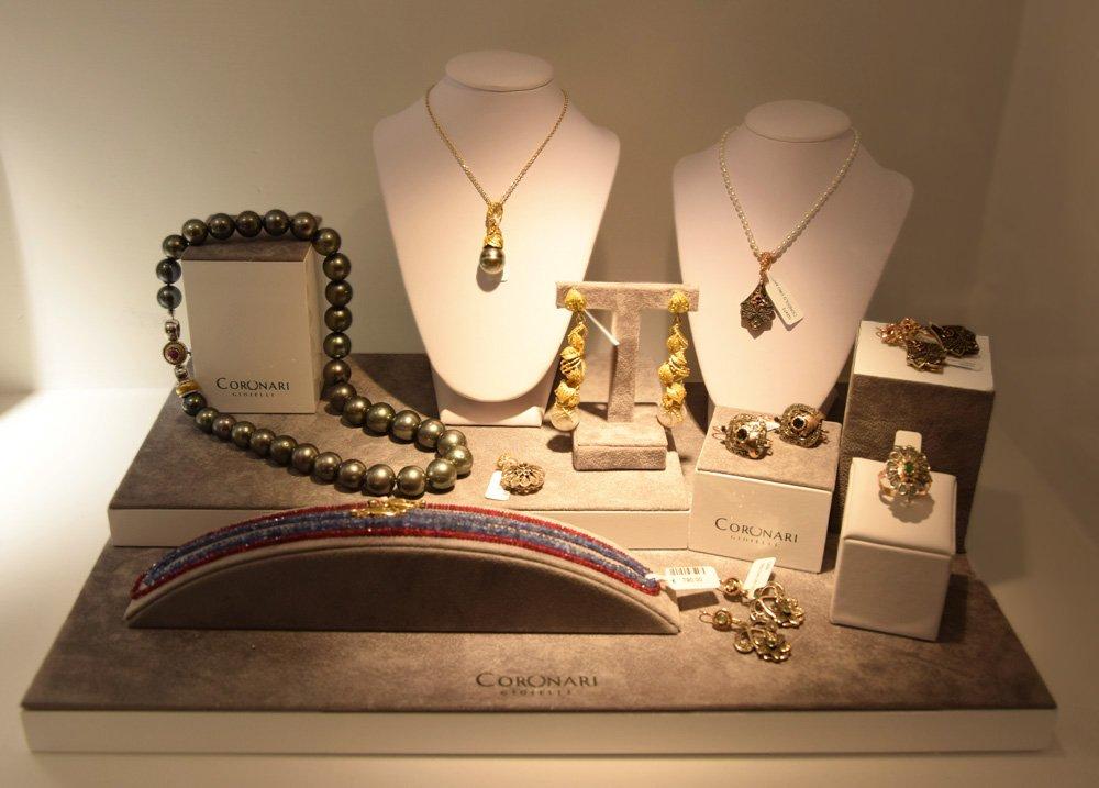 black-pearls